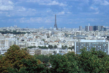 View of Paris to Versailles